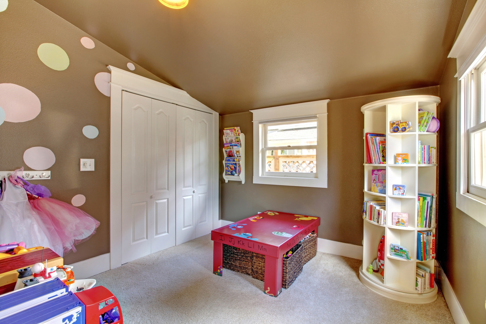 converting shed kid's playroom